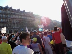Marathon runners queue up for their next hit