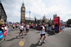 Virgin London Marathon, wending through Westminster