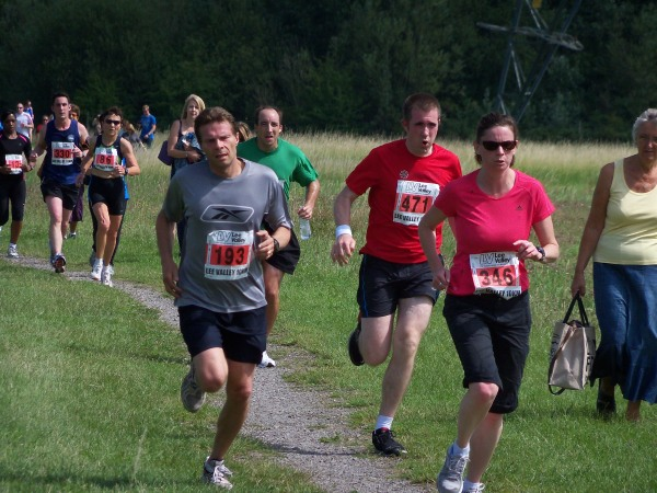 Runners at the Lee Valley 10k in 2011